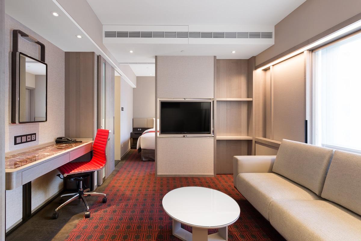 每人不到1000元「一次住2間房」開趴!超狂五星飯店入住免費吃牛排、烤龍蝦