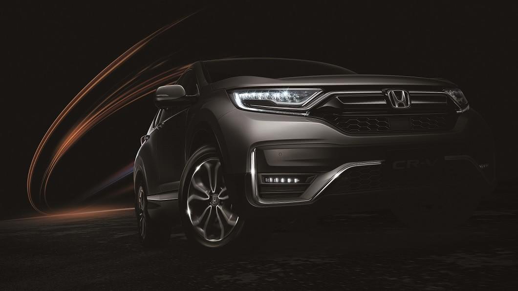 第五代Honda CR-V自2017年導入以來,憑藉著1.5升渦輪增壓引擎以及優異的實用機能,創造不錯的銷售表現。(圖片來源/ Honda) CR-V小改款8/10開始接單 新增96.9萬VTi入門車型