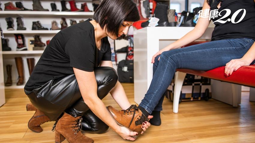 你的腳型是羅馬腳、希臘腳、埃及腳?這家百貨鞋區打敗電商的原因,竟是管很「寬」
