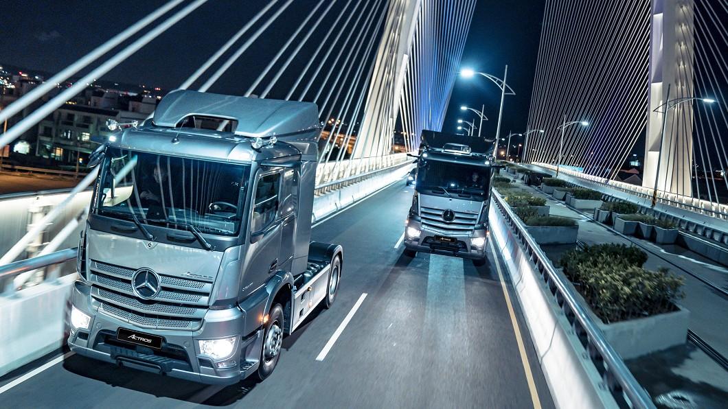 在8/12正式導入的全新Actros,搭載數位座艙以及與Mercedes-Benz豪華房車同等級Keyless免鑰匙啟動。(圖片來源/ M-Benz) 這配備比轎車還先進! M-Benz Actros搭載電子後視鏡