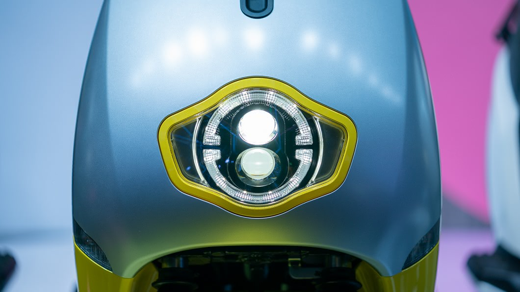 eReady智慧雙輪8/13於台北舉辦全球首發,帶來市場期盼已久的首款新車eReadyFun與消費者見面。(圖片來源/ eReady) eReady這眼神有魔性 正式售價74980元