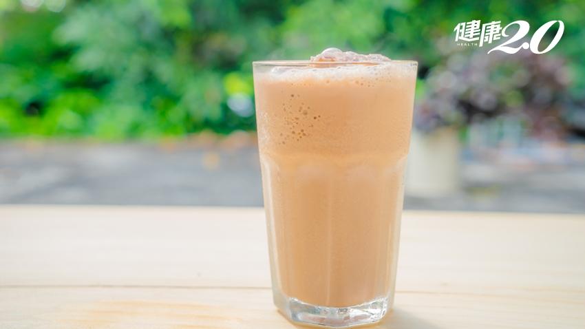 常喝「豆漿紅茶」會不會腎結石?食藥署:這些飲食習慣要小心
