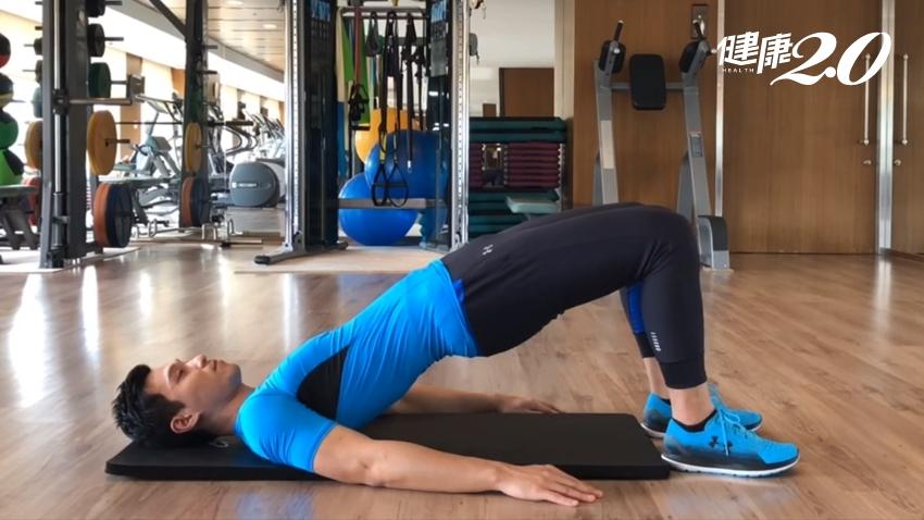 4動作解宿便、腸道通暢一身輕!核心肌群也變強了