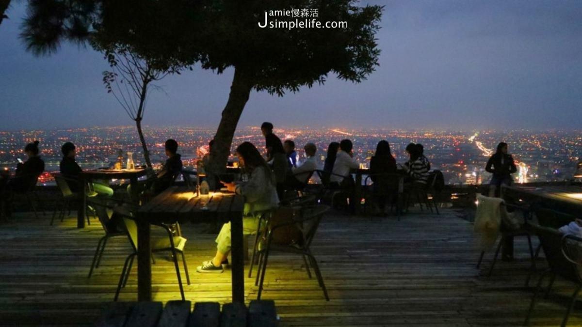 七夕浪漫約會必衝!全台5家偽出國百萬夜景餐廳:希臘風建築、露天高空酒吧