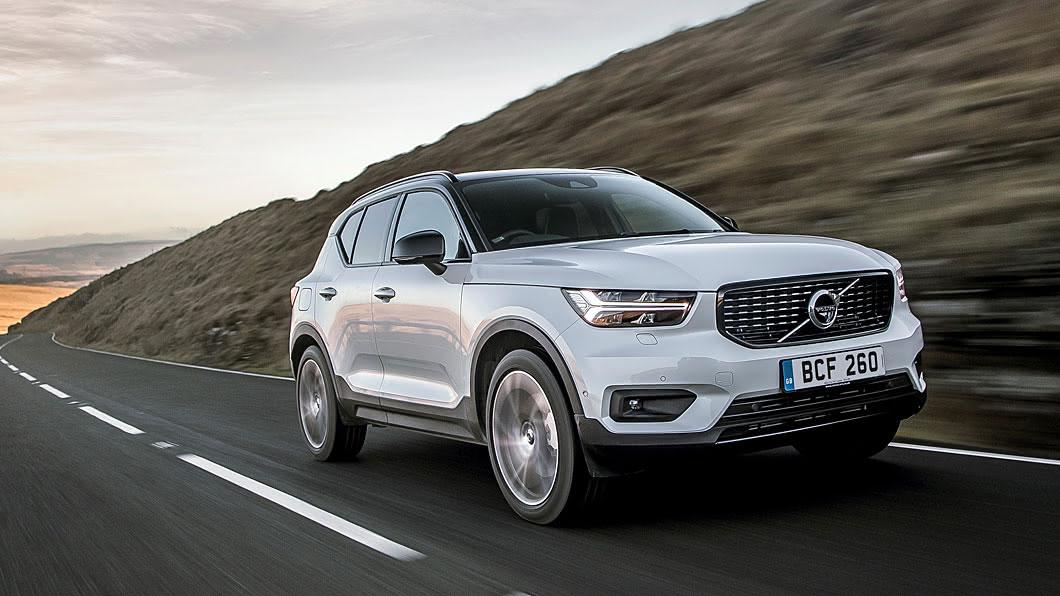 Volvo宣告為XC40新增B4、B5兩款輕油電與T4 PHEV插電式油電複合等3種電動化動力。(圖片來源/ Volvo) XC40電動化新戰力 B4與B5輕油電登場