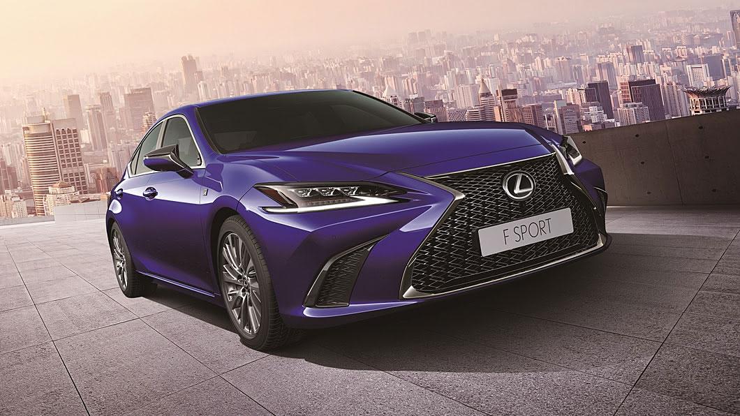 Lexus導入新年式ES車系,為ES 200進行動力升級,並將ES 250改為F Sport單一車型。(圖片來源/ Lexus) 新年式ES 200小漲1萬元 ES 250改採F Sport單一車型