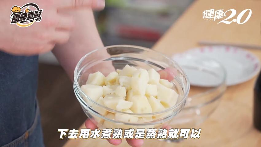馬鈴薯沙拉食譜:小黃瓜這樣切避免出水、茶葉蛋比水煮蛋更美味