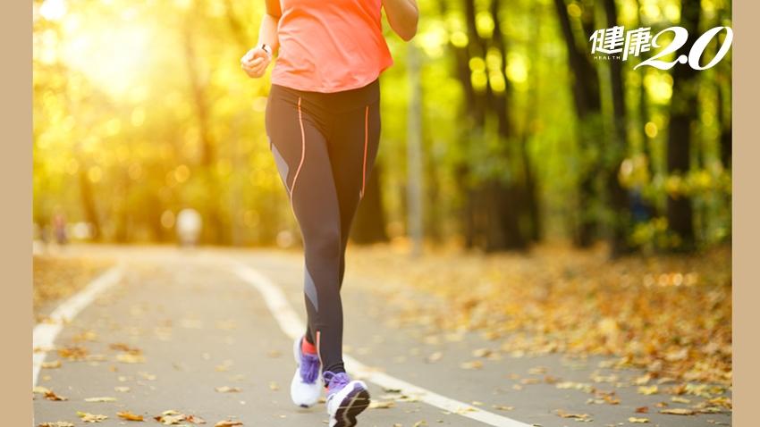 走路也能保養膝蓋!「1種走路方式」讓膝蓋年輕,還能減重、強心肺
