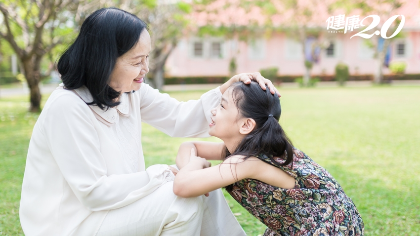 千萬不要要求孩子當個「乖寶寶」!心理師曝可怕後果 「人前溫順、人後暴力」