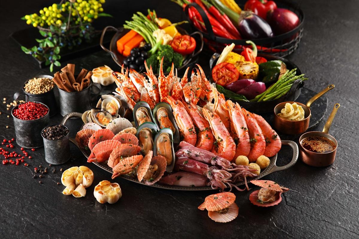 全台最高Buffet「手抓海鮮」吃到飽!天使紅蝦、蟹腳直接嗑