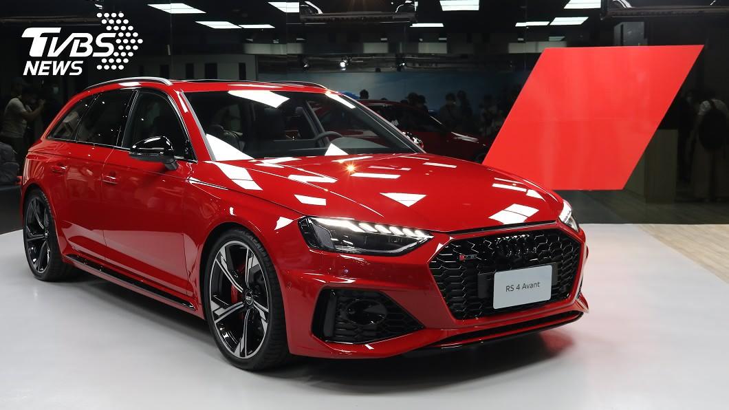 小改款RS 4 Avant搶先登陸台灣,同步預告RS Q8將於年底前來台。 RS 4 Avant搶先抵台亮相 RS Q8確定年底前登陸
