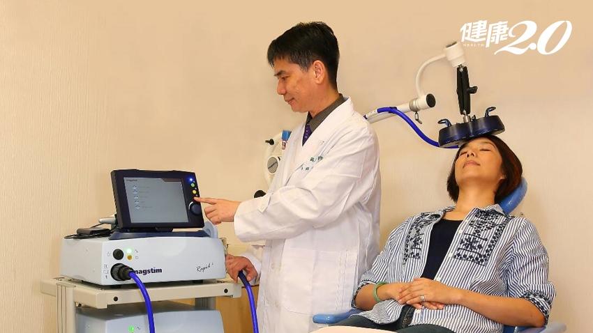 除了復健,腦中風患者還能做什麼?「經顱磁刺激」是新希望,加速修復神經功能
