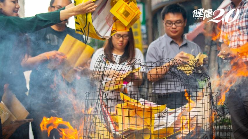 遇到外國鬼怎麼化解?燒銀紙、祭拜飯菜…用台灣的方法處理有效嗎?