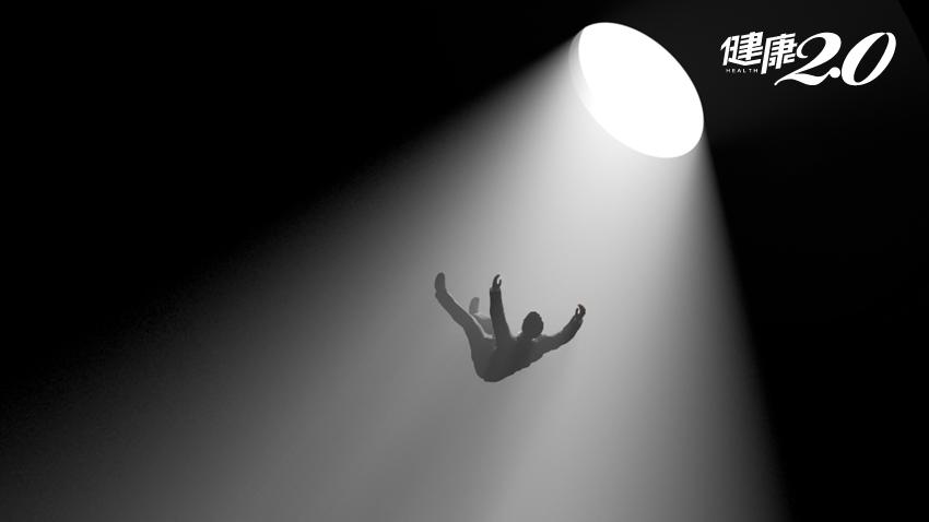 揭露你的祕密!4個夢境反映你最近的心理狀態!中醫2穴位讓你好眠