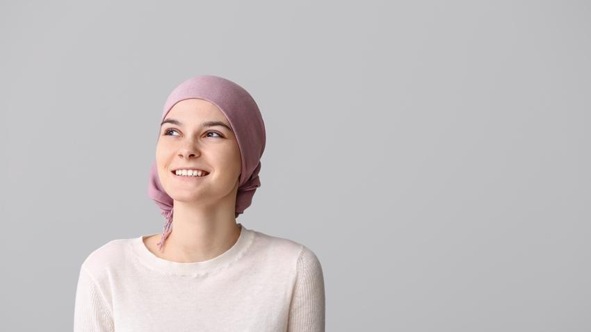 在難熬的化療日子裡,除了眼淚,她選擇「改變」,用21天養成新習慣,活出兩輩子