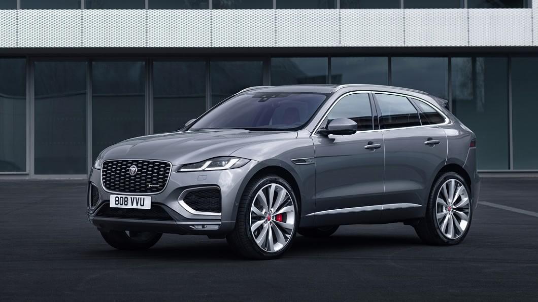 F-Pace是Jaguar品牌的當家休旅車,具備了許多英倫豪華元素。(圖片來源/ Jaguar) F-Pace小改款亮相 導入14吋大螢幕與電能動力科技