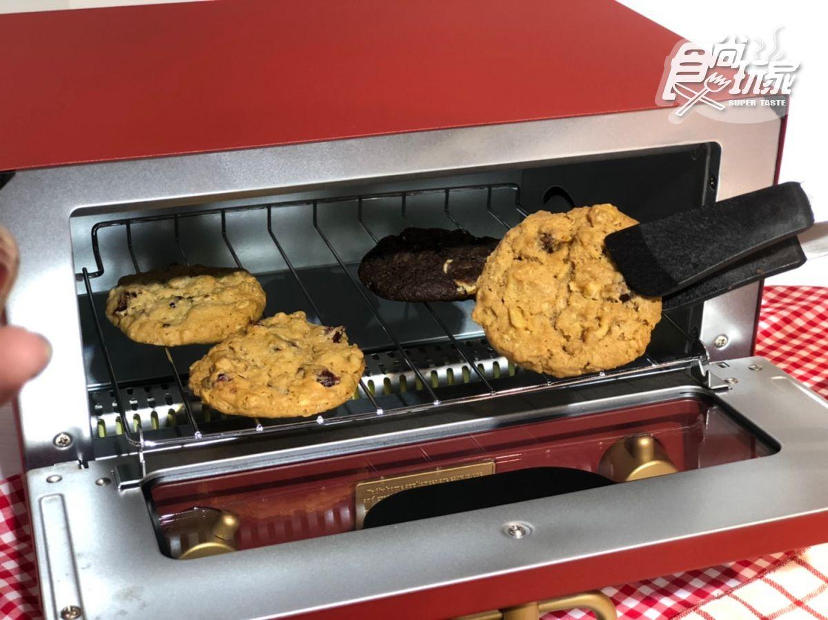 【新開店】美國最知名餅乾登台!Mrs. Fields落腳東區,台灣獨家吃「覆盆子起司蛋糕」