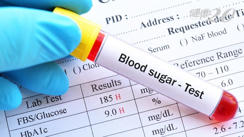 乖乖吃藥3年,血糖還大失控?她這樣做3個月,糖化血色素由9%降到6.3% 膝蓋也不痛