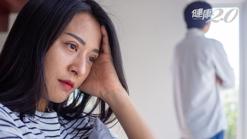 為什麼會有七年之癢?當夫妻進入「週期性倦怠」 如何跨越婚姻難關?