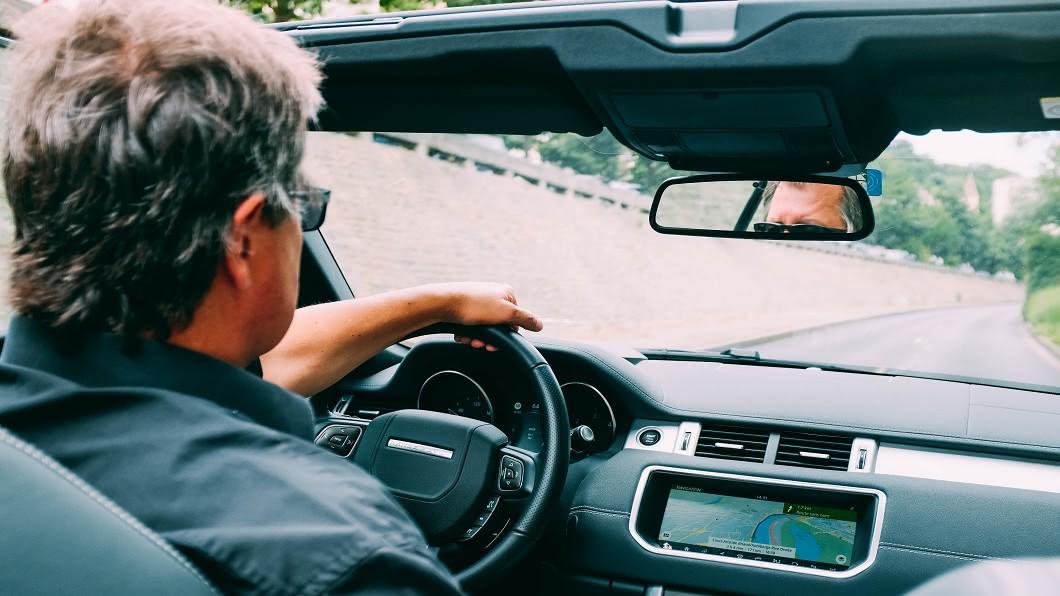 疲勞駕駛危害不容輕忽。(圖片來源/ Pixel) 打哈欠別輕忽 疲勞駕駛危險不輸酒駕