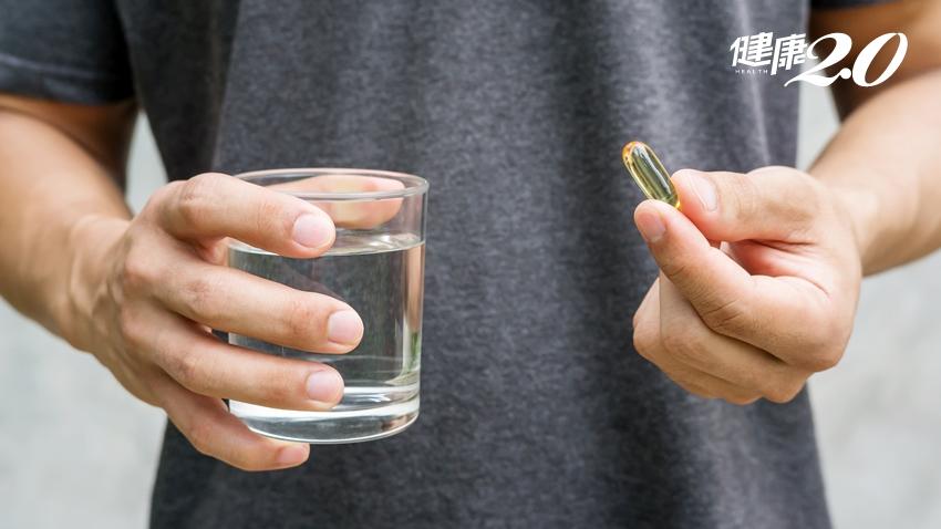 吃魚油又服藥 當心腦中風!7種保健品恐和藥物交互作用 錯開時間吃就無妨?