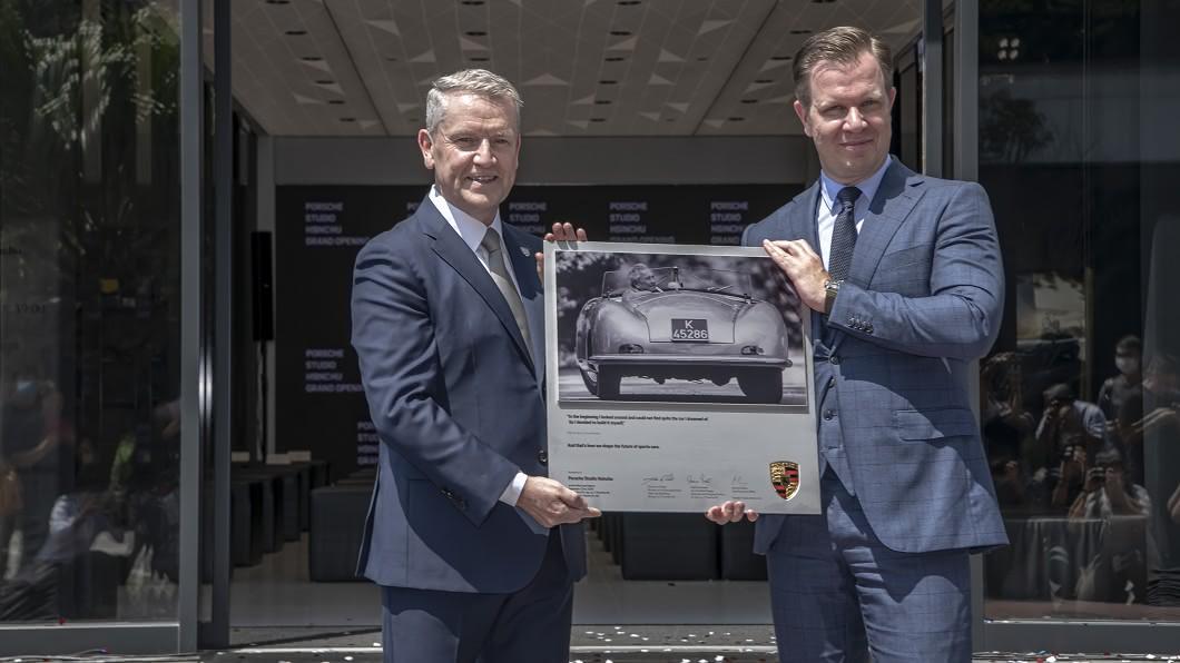 新竹保時捷都會概念店於9/23正式開幕。(圖片來源/ Porsche) 坐落全台收入最高的城市 新竹保時捷都會概念店開幕