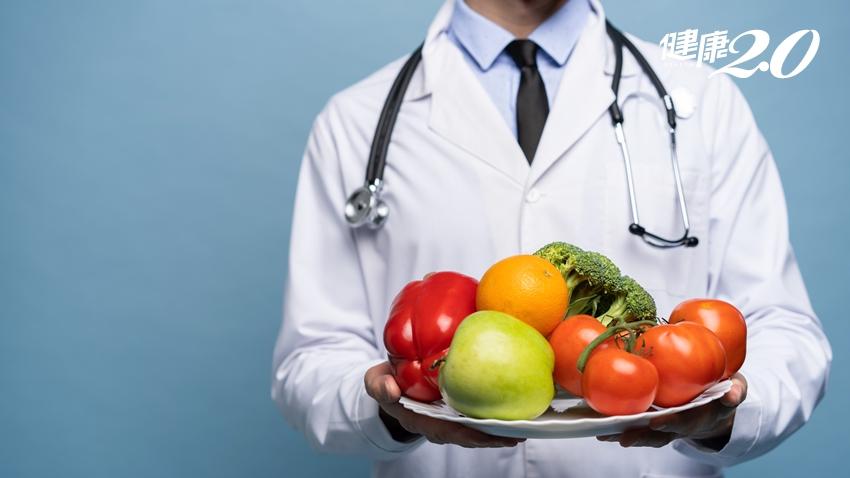 多吃蔬果改善胃食道逆流!醫師警告這3種水果例外