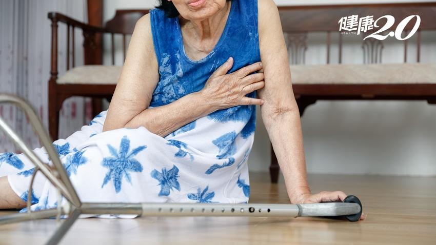 老人家最怕跌倒 「一跌再跌」風險加倍! 4招平衡訓練預防骨折、不臥床