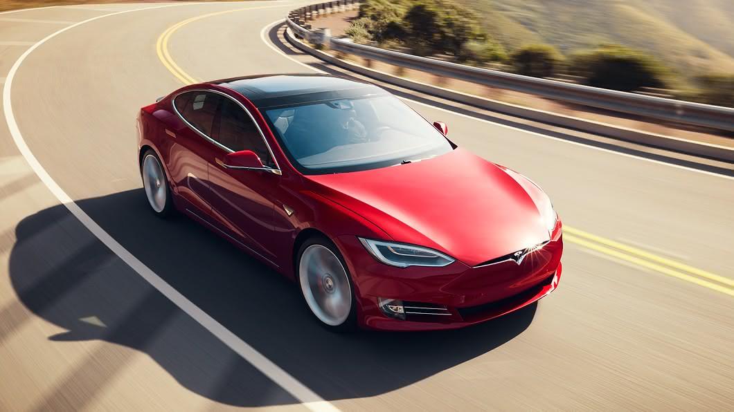 Tesla官網正式上架Model S Plaid資訊並且開放訂購。(圖片來源/ Tesla) 千匹馬力只要500萬 特斯拉Model S Plaid開始接單