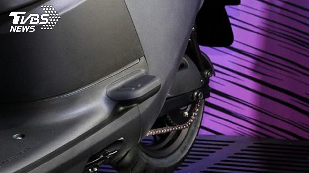 Gogoro S3配置了鍊條傳動系統。 「洗鍊條」千萬小心 用錯方法手指可能不保!