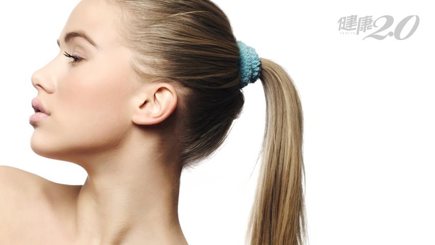 「馬尾」愈來愈小撮?小心雄性禿!保住頭髮5要點,濕髮梳頭要注意