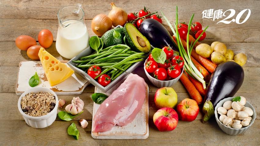 「每天早晚1杯奶、3餐優蛋白」銀髮族這樣吃養肌防老,營養又能改善身體虛弱、肌無力