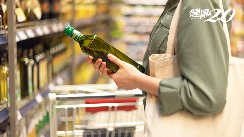 橄欖油怎麼挑?開封後要放冰箱嗎?瓶身標示6個小細節 看懂欖橄油的身世祕密