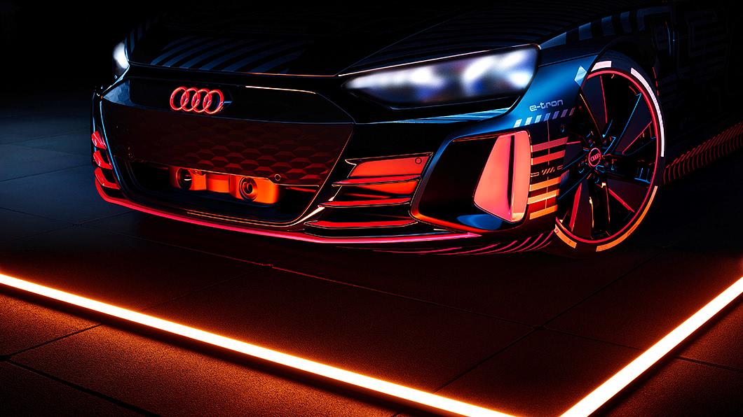 Audi表示,首輛e-tron GT量產車將於今年底之前步出生產線。(圖片來源/ Audi) e-tron GT預告年底投產 Audi版Taycan即將問世