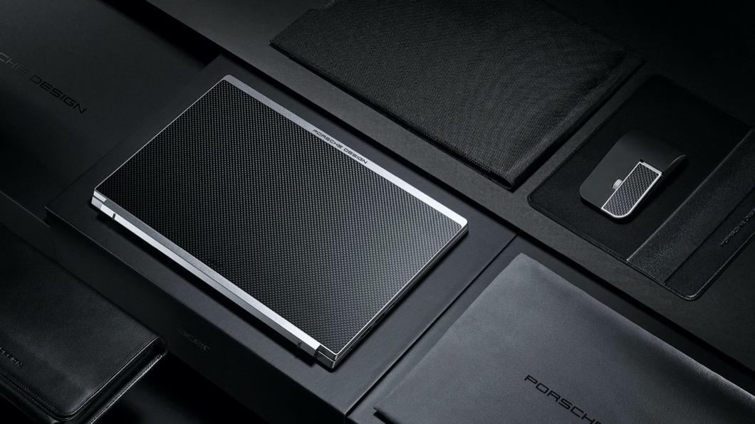 宏碁電腦與Porsche Design公司攜手合作,共同推出結合最新科技與極簡風格的頂級筆電。(圖片來源/ Acer) 有跑車靈魂的筆電! Porsche Design Acer Book RS亮相