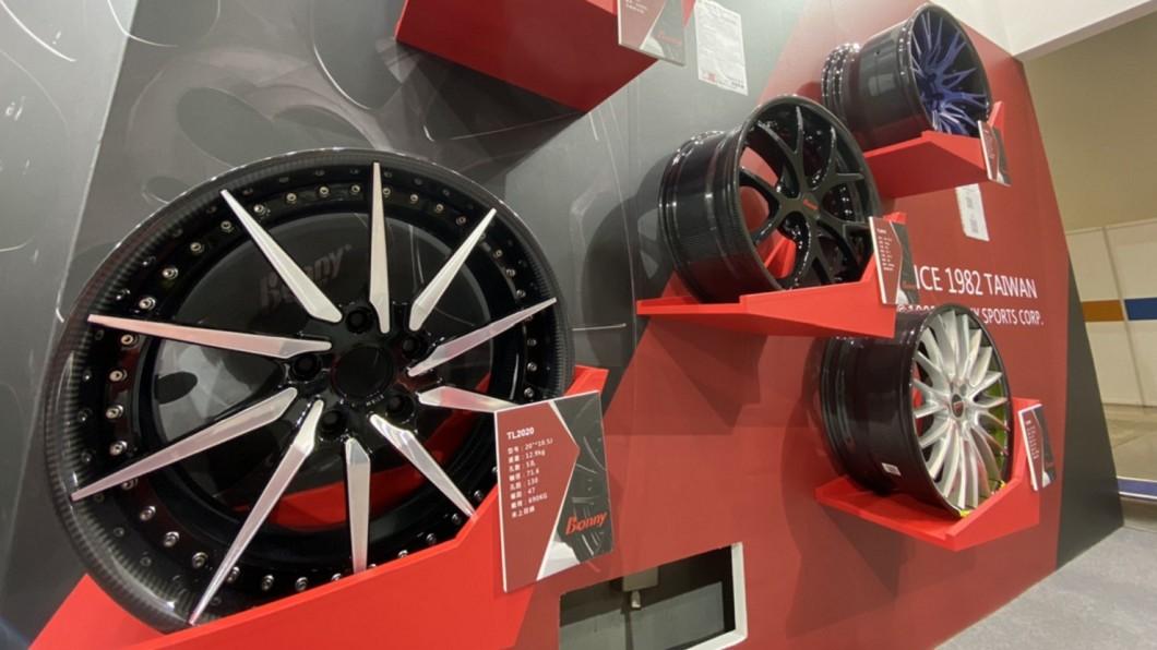 波力環球推出碳纖維輪輞與鍛造鋁合金輪輻混搭輪圈。(圖片來源/ 波力) 做球拍做到賣輪圈 波力碳纖維輪圈還給60萬公里保固
