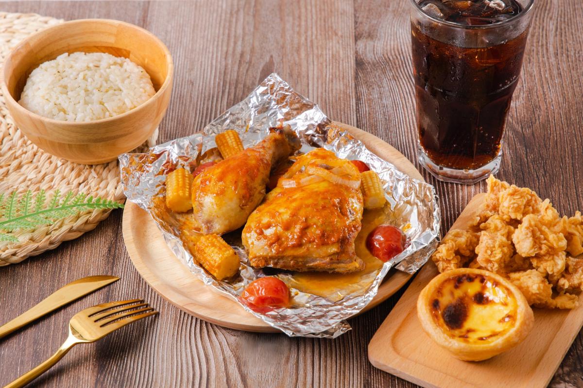 南洋控們久等了!肯德基推出「南洋叻沙紙包雞」,報復性爽吃經典風味