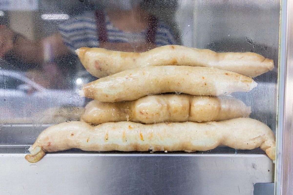 一賣超過50年!花蓮手工糯米腸淋「這個」美味再升級,還有隱藏版烤大腸也必點