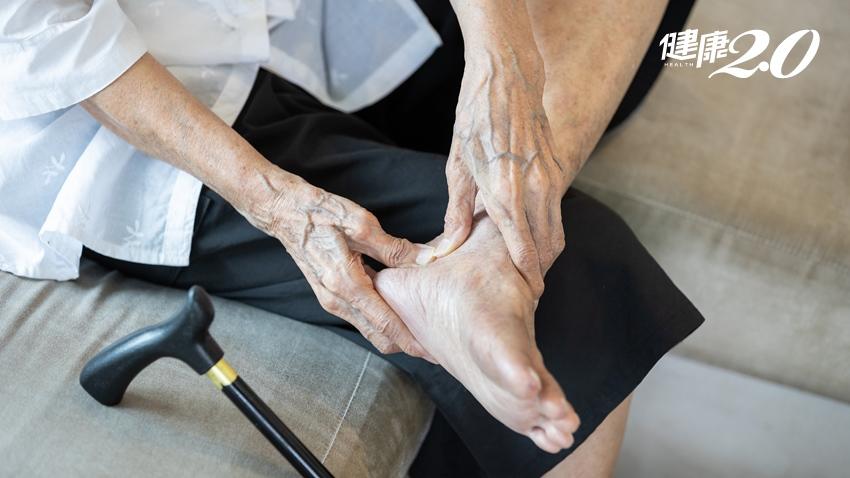 下肢逐漸無力以為糖尿病,竟是胸椎脊髓腫瘤 四肢持續麻木、無力要小心