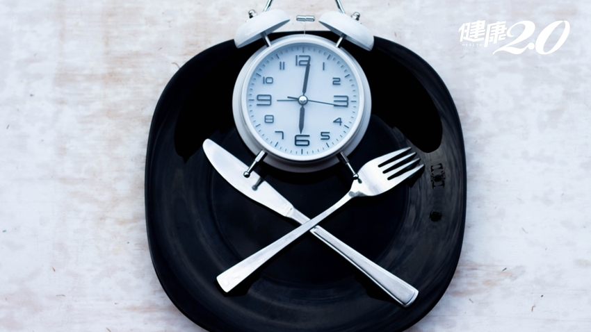不吃早餐,反而會變胖!哈佛醫師教你「這種吃法」減重,還能長壽抗老