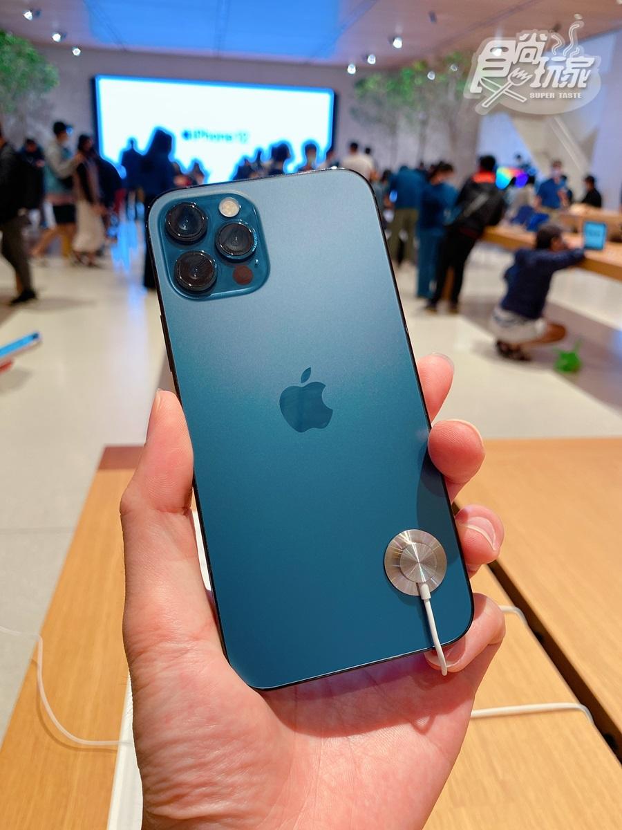 超狂iPhone特賣「399元」爽拿回家!還有199元買蘋果手錶,再送原廠豆腐頭