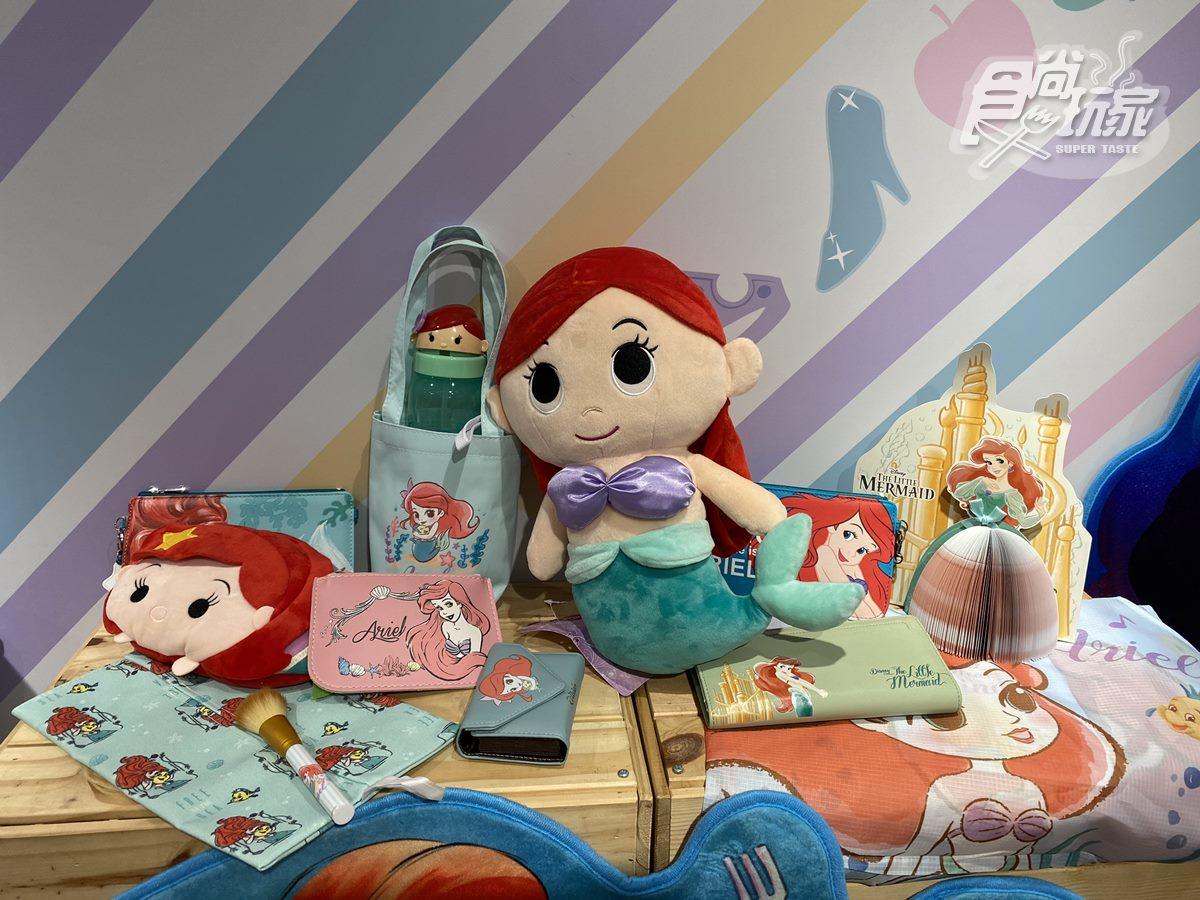 出發掃貨囉!新北耶誕限定「迪士尼公主」「小木偶皮諾丘」快閃店公開,先搶艾莎、小熊維尼飾品