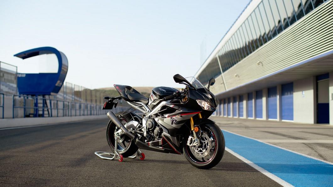 Triumph台灣表示,目前已將Daytona Moto2 765 Limited Edition引進台灣。(圖片來源/ Triumph) Moto2等級跑車台灣買得到! Daytona Moto2 765報價160萬元