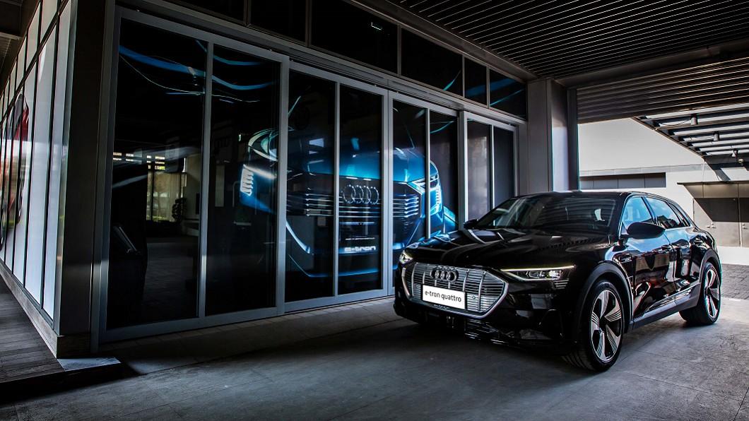 Audi e-tron獲選2021年度風雲車大獎。(圖片來源/ Audi) e-tron獲年度風雲車大獎 進口豪華轎車級距BMW囊括4項大獎
