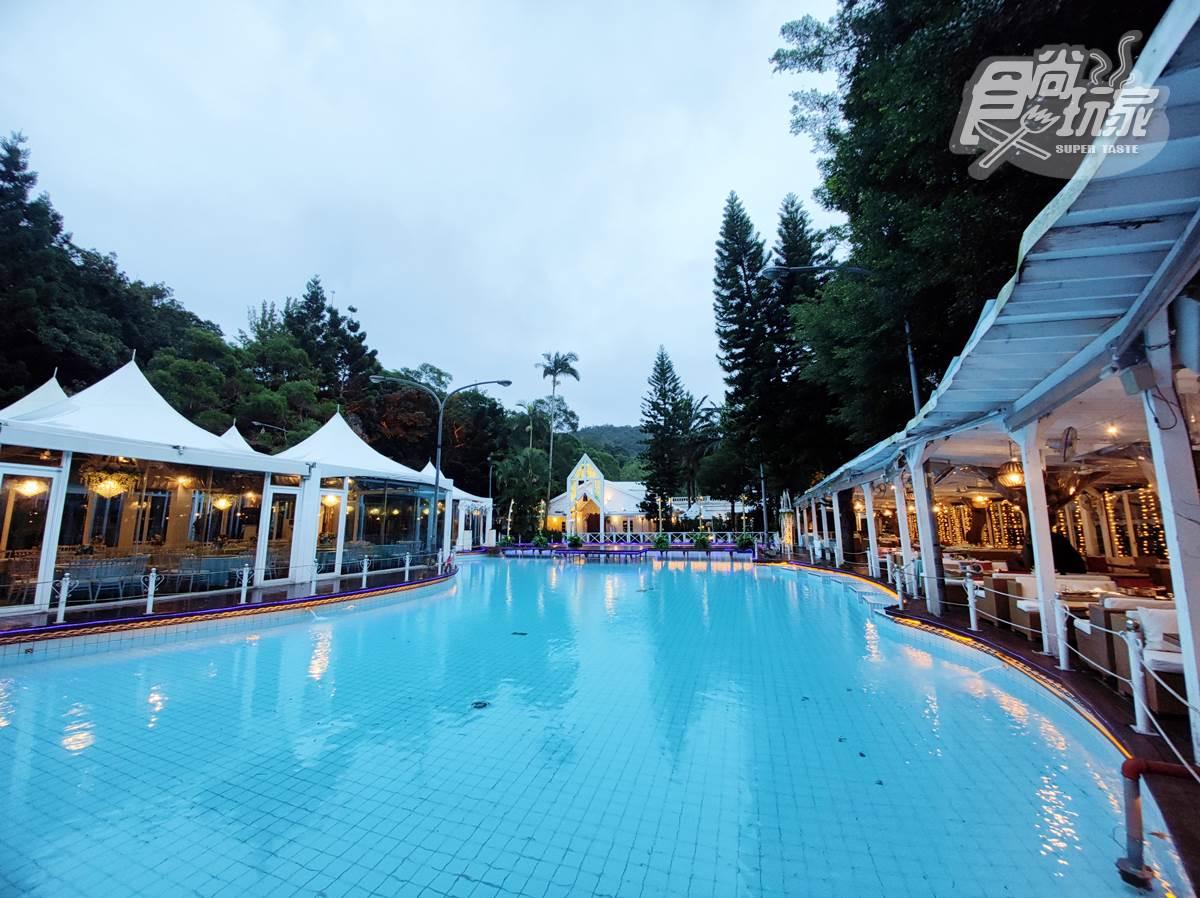 1秒飛歐洲!台北景觀餐廳美拍「3000坪落羽松」,還能在純白教堂池畔嗑超霸氣龍蝦鍋