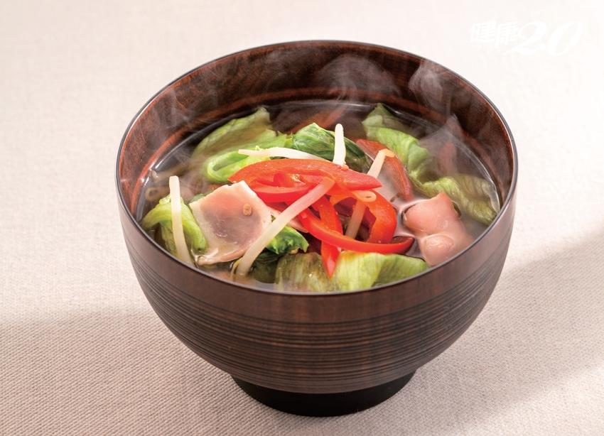 一碗「味噌湯」預防動脈硬化又抗癌 1種吃法營養CP值更高!