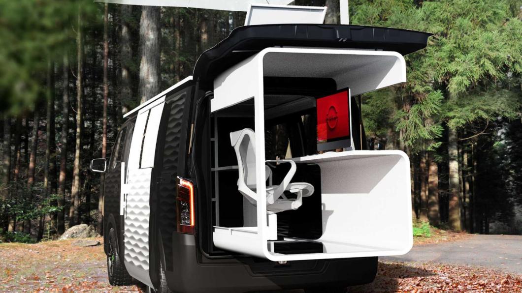Nissan在1/15東京改裝車展上發表了NV350 Caravan Office Pod Concept。(圖片來源/ Nissan) 想到戶外辦公? Nissan將NV350變成「行動辦公室」