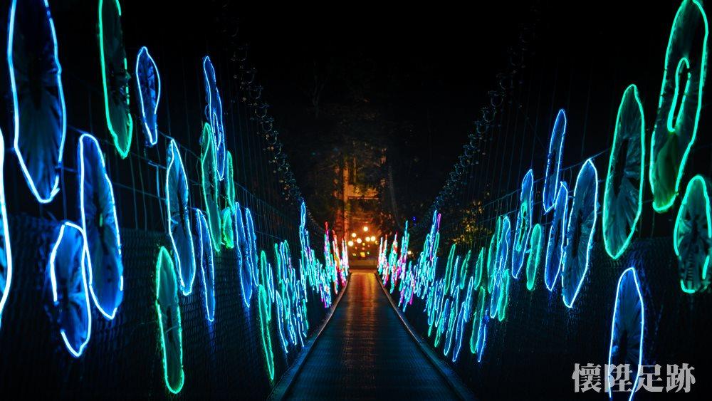 超美拍!台南龍崎6大裝置藝術:200公尺怹食蛇、夢幻流光樹林、七彩積木城市