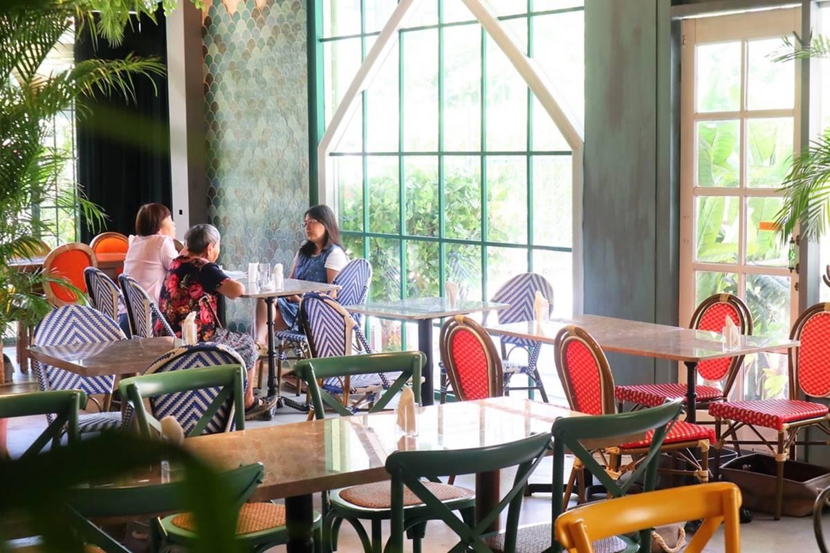 IG洗版了!絕美叢林系餐廳紅到新竹,超熱門瀑布提拉米蘇必點