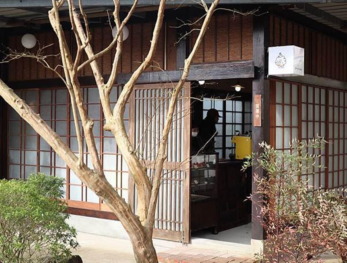 1秒到京都!竹北町屋風咖啡廳有碎石庭院,必嘗「草莓菓子包」配單品拿鐵